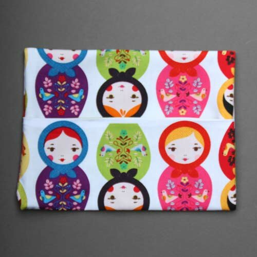 pochette_serviette_table_enfant_elastique_assorties_matriochka_2