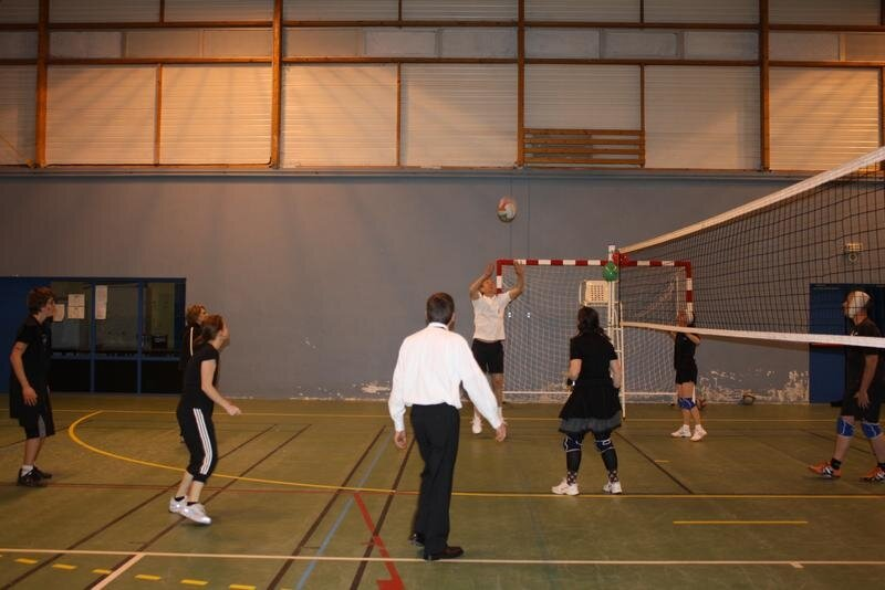 2010-12-16_volley_deguise_18