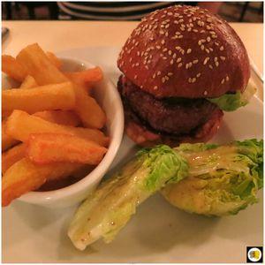 Malt House Black Beef Burger, 40 jours, pickles maison