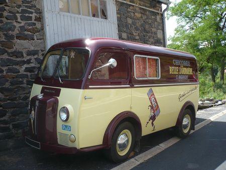 PEUGEOT D4BD fourgon 1961 St Privat d'Allier (1)
