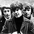 the_bee_gees_in_1967__left_to_right_barry_gibb__robin_gibb__vinc