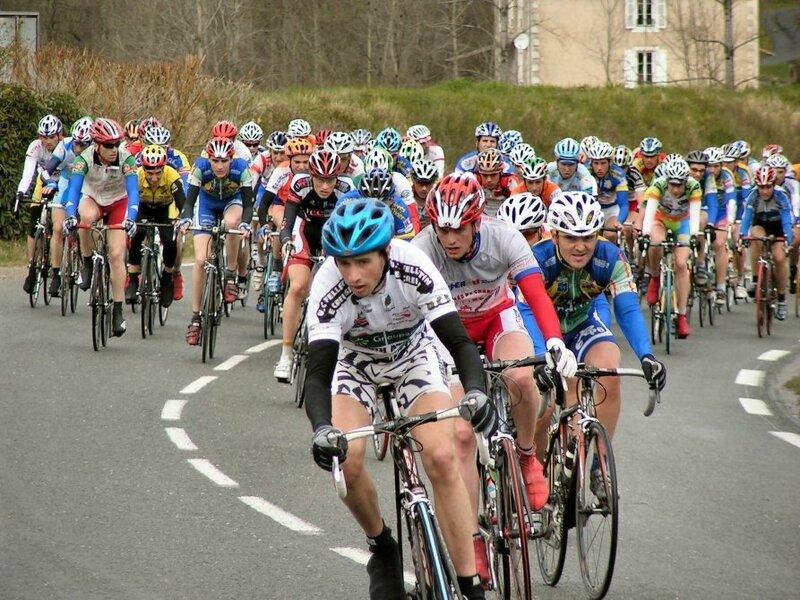 102 coureurs à Javerlhac