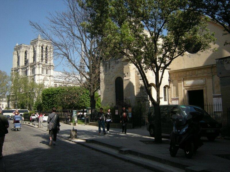 Paris St JulienlePauvre - NotreDame