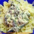 Farfalles aux saumon, asperges et courgette, sauce mascarpone-citron
