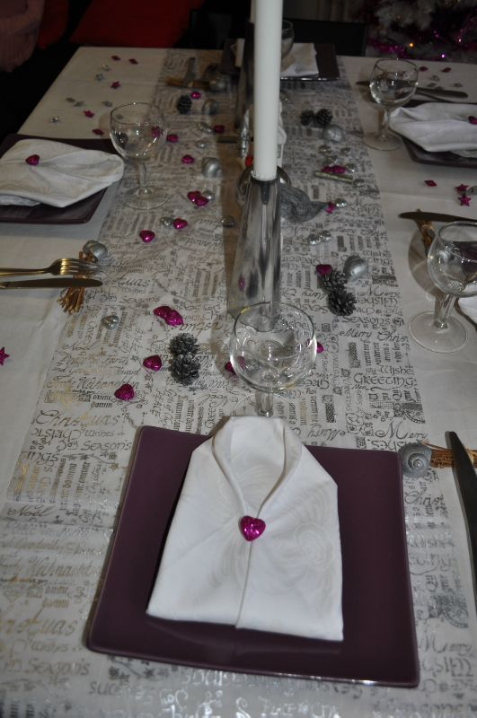 Deco de table st sylvestre 2011 la cuisine de christelle for Decoration reveillon nouvel an