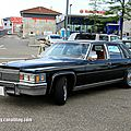 Cadillac fleetwood brougham 4door sedan (rencard burger king juin 2013)