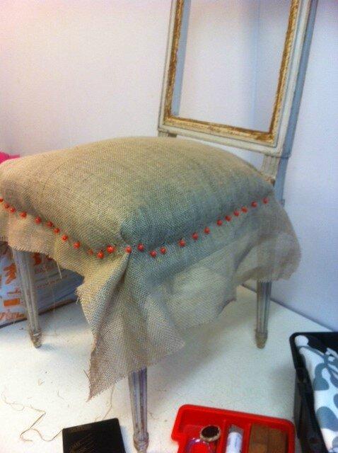 bient t la rentr e l 39 atelier de r fection de si ges etincelle ateliers. Black Bedroom Furniture Sets. Home Design Ideas