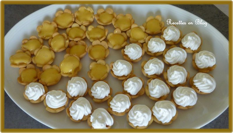 mini tartelettes au citron meringue recettes en blog. Black Bedroom Furniture Sets. Home Design Ideas