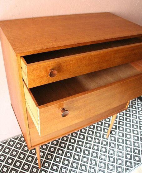 commode-scandinave-tiroirs