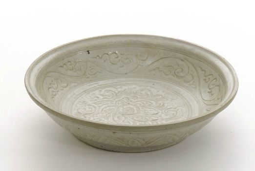Dish. 15th century. Later L dynasty. Vietnam