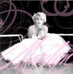 Miss_Monroe_by_pair_o_dice