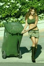 traci-bingham-sors-poubelles-mode-sexy-L-2