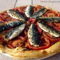 Tarte fine aux tomates et aux filets de sardines fraches