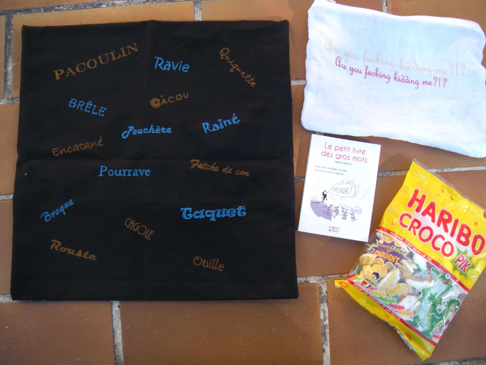 Swap surprise n 3 supercr a ou captain perleuse for Housse de coussin 35x35