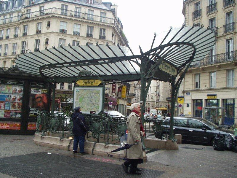Edicule Guimard couvert (La Libellule) (2000) - Châtelet