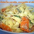 Tagliatelles carotte , courgette et sésame