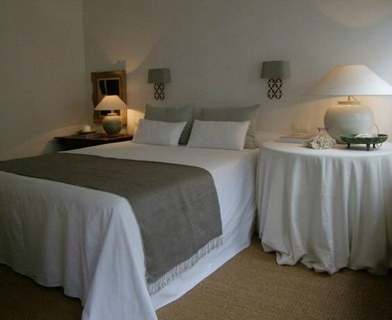 DecoBelge hotel WHITE ROOMS Guest-House-new (9)