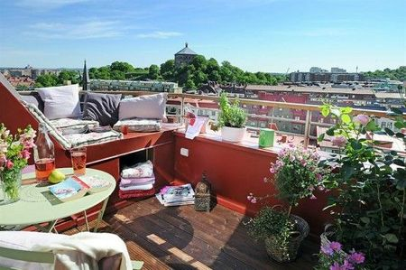 sweden-apartment-desgin-with-cool-balcony-2-554x368[1]