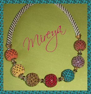 Collier_de_perlas_multicolor