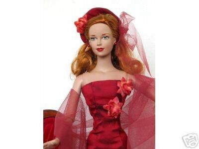 Brenda en robe de soiree rouge