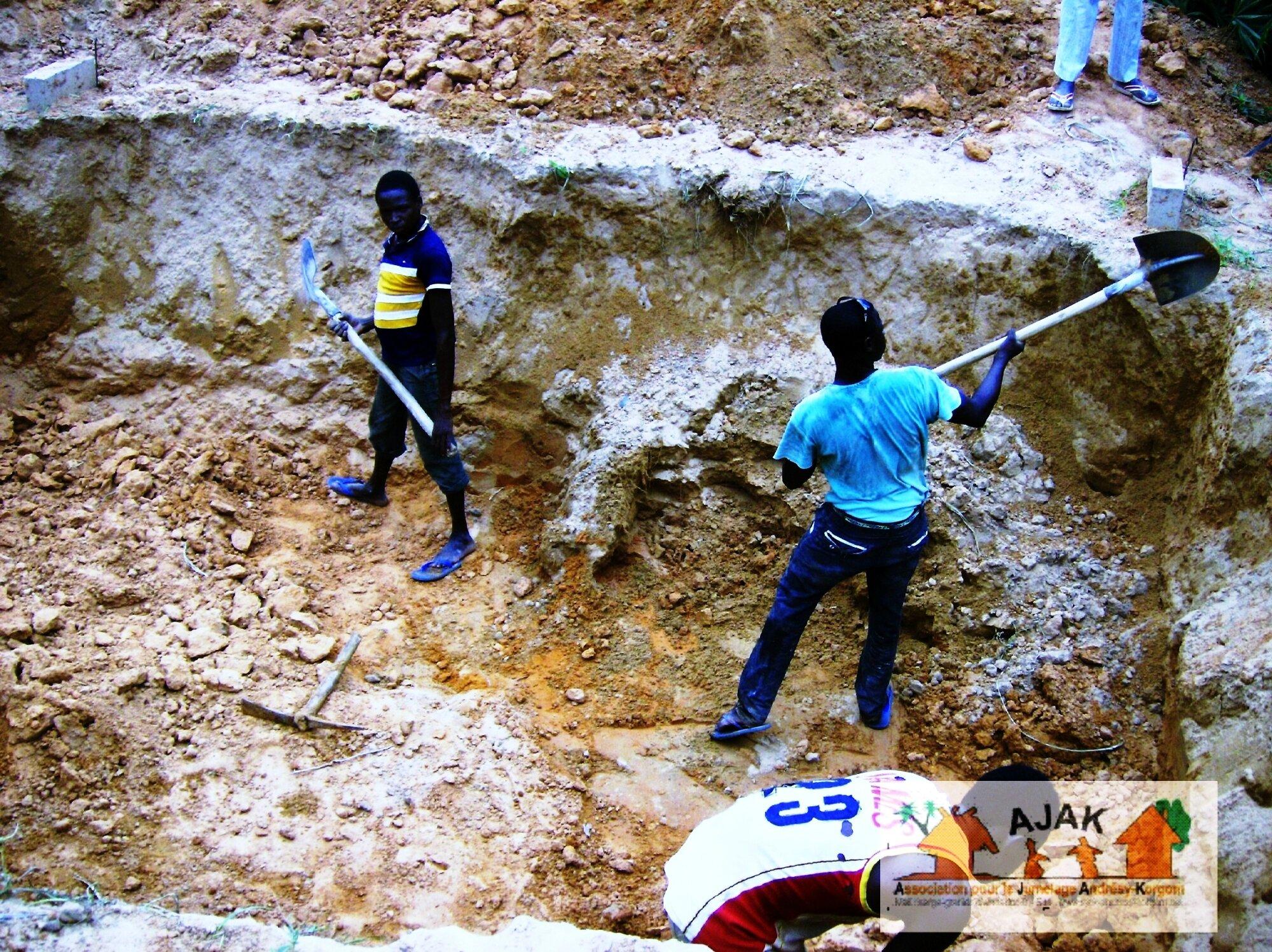 latrines CEG - fondations 2