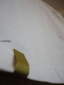 T shirt blanc détail