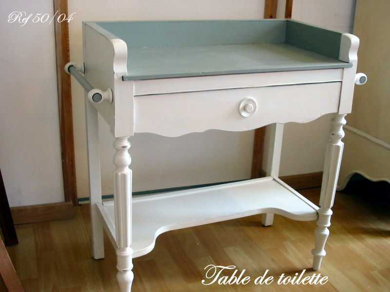 Table de toilette pour adolescents