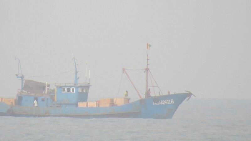 navire coréen en panne au large