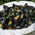 Moules  la persillade et au piment dEspelette