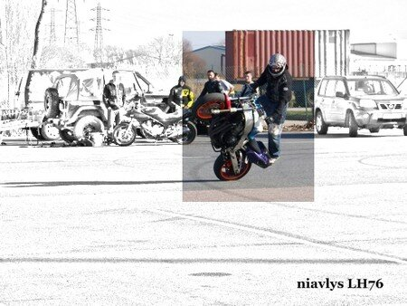 Motards_acrobates_16