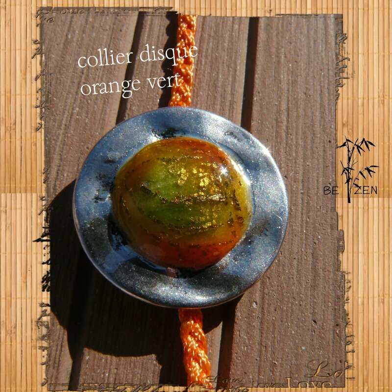 collier disque orange vert 4