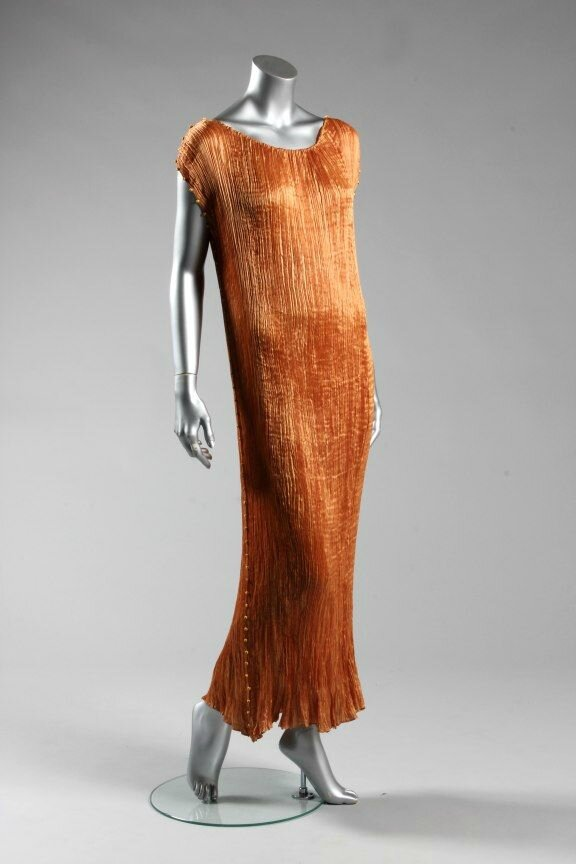 A Mariano Fortuny copper silk Delphos gown, circa 1920-30