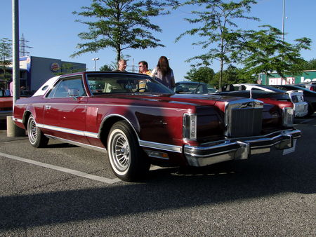 LINCOLN_Continental_Mark_V_Hardtop_Coupe___1977_1979__Rencard du Burger King, Offenbourg 1_