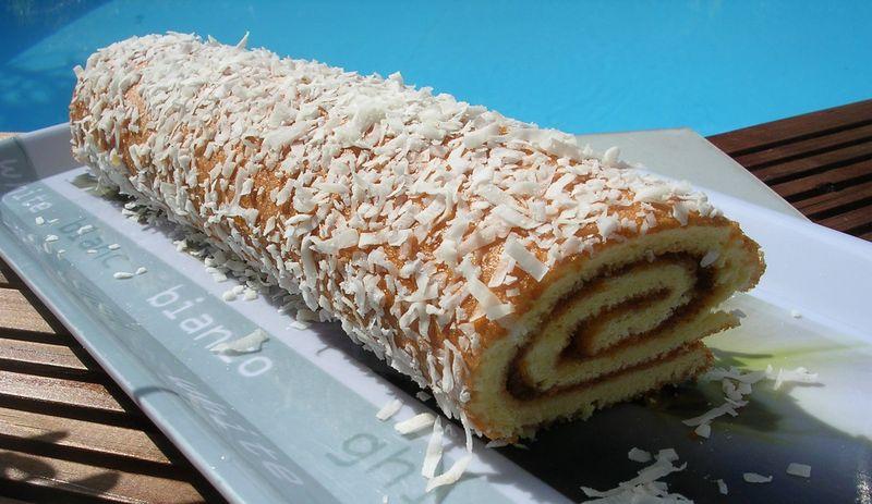 Biscuit roul la marmelade d 39 abricot photo de mes - La cuisine de corinne ...
