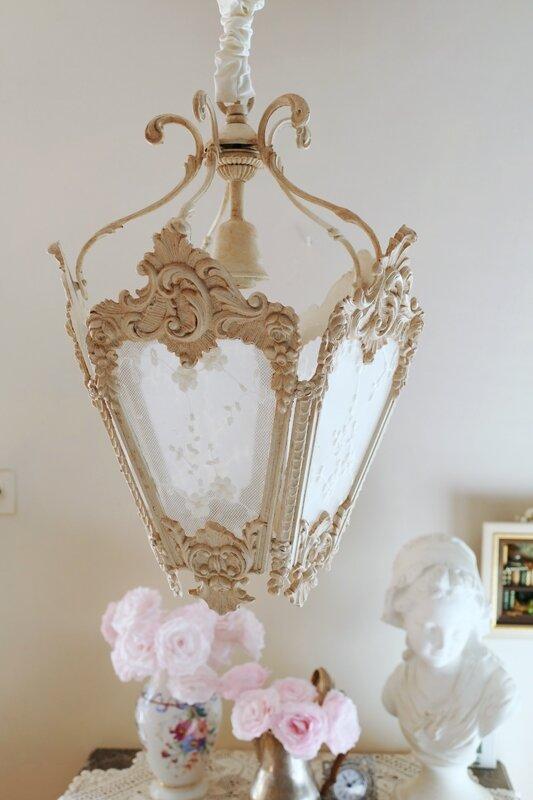 lanterne de style 18 me perle de lumi res cr ation d. Black Bedroom Furniture Sets. Home Design Ideas