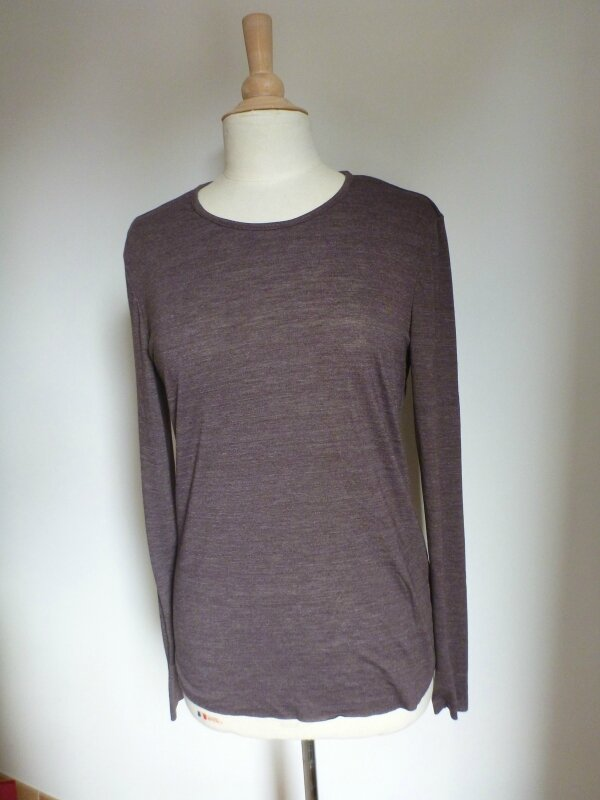 Tee-shirt-marron-joli-col (1)