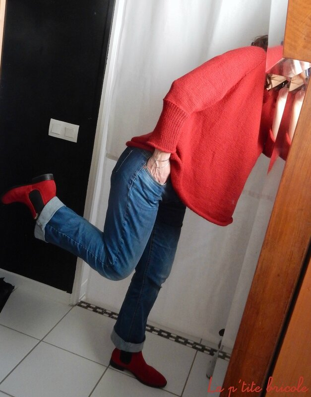 Le pull over rouge 4