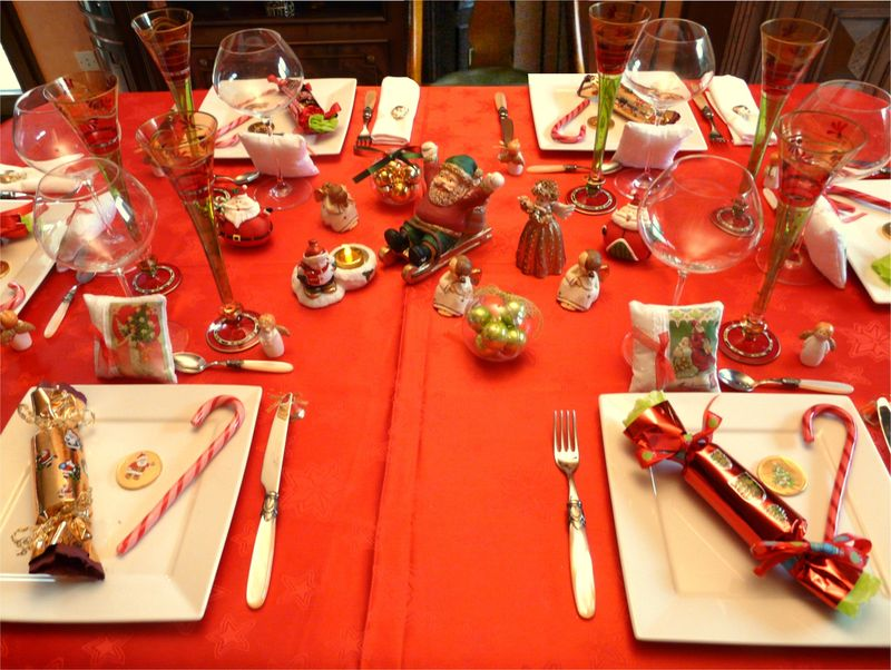 Deco table noel rouge et or - Table de noel rouge et or ...