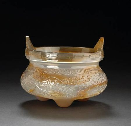 A_Peking_glass_tripod_censer_simulating_agate