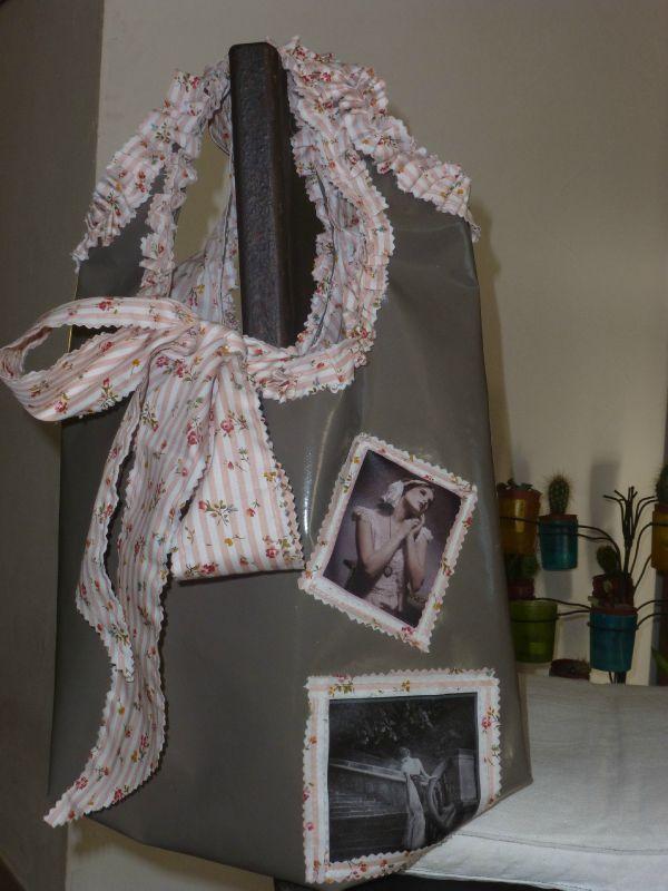 sac toile cir e taupe et liberty rose romantique. Black Bedroom Furniture Sets. Home Design Ideas