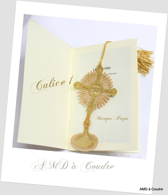 CALICE 1 MARQUE PAGE AMD A COUDRE (23)