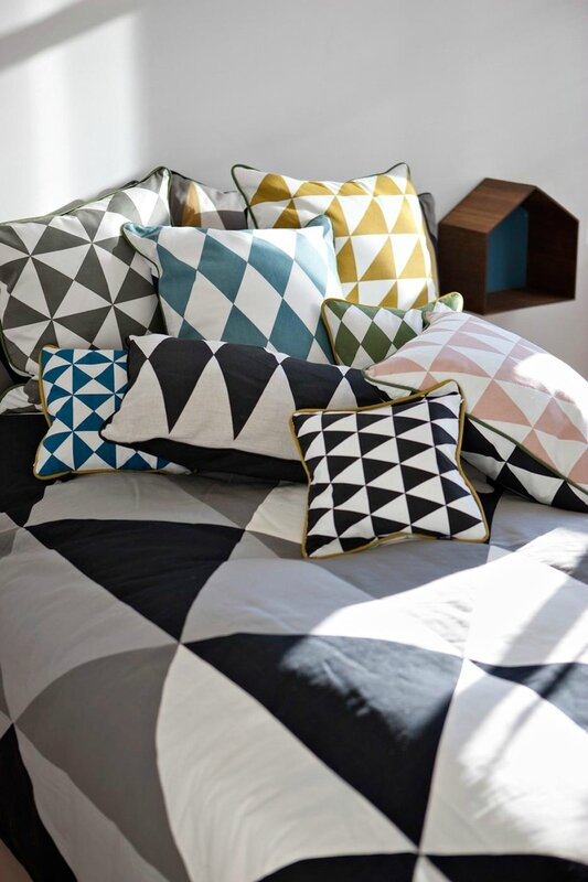 Coussin-Large-Little-Geometry