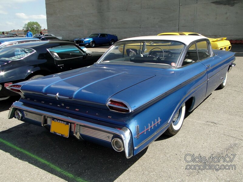 oldsmobile-super-88-sceni-coupe-1960-02
