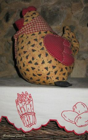 MontanaPatch poule & frise brodée1 (2)