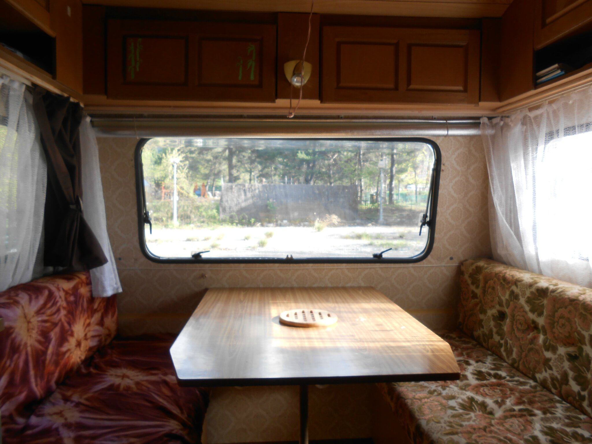 Relooking caravane location alpes maritimes libertao - Renovation interieur camping car ...