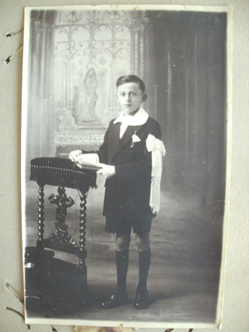 Per bihen communion 1932