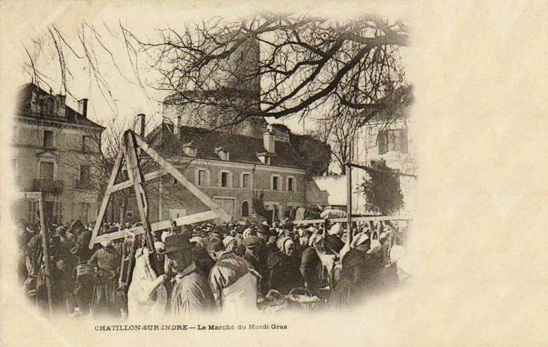 CPA Chatillon sur Indre Marché du Mardi Gras