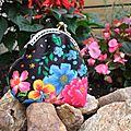 Porte-monnaie aux fleurs