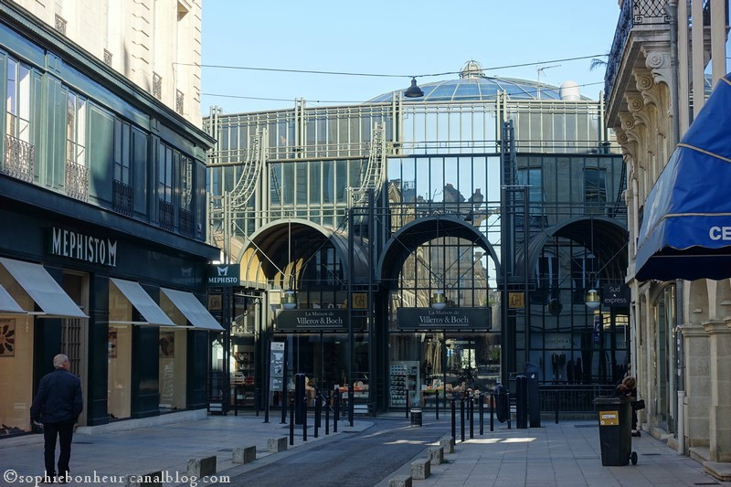 Place des G H
