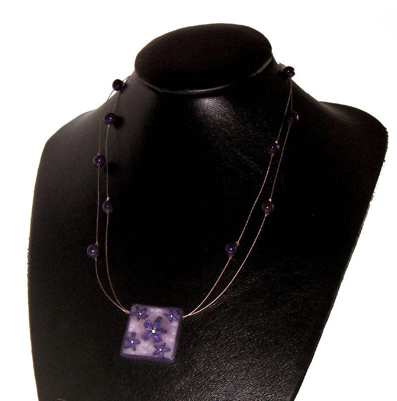 Collier de Fleurs Violettes
